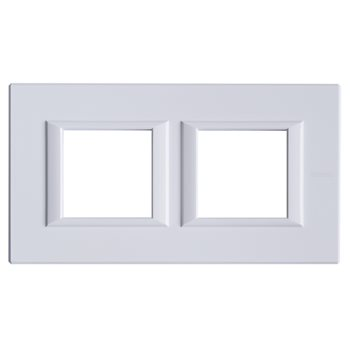 Фото Axolute декоративные накладки прямоугольной формы, горизонтальные, цвет белый, на 2+2 модуля HA4802M2HHD Legrand